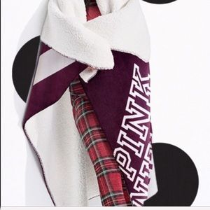 PRICE FIRM NEW VS PINK SHERPA BLANKET